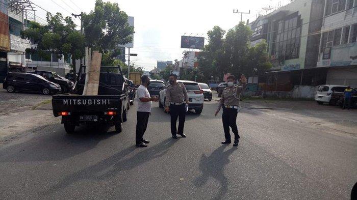Sopir Pick up Kejar Pemotor Diduga Jambret di Pekanbaru,Picu Tabrakan Beruntun,1 Tewas,Kronologinya? - tabrakan-beruntun-kejar-jambret.jpg