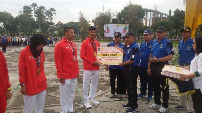 Tanzil Hadid & Atlet Peraih Medali Asian Games Dapat Bonus dari Pemprov Riau, Emas Rp 100 Juta