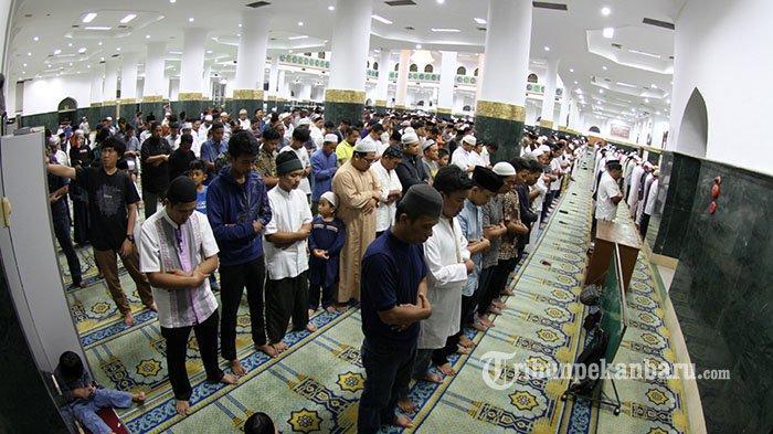 Doa Setelah atau Sesudah Sholat Tarawih Lengkap, Beserta Niat Sholat Tarawih dan Sholat Witir