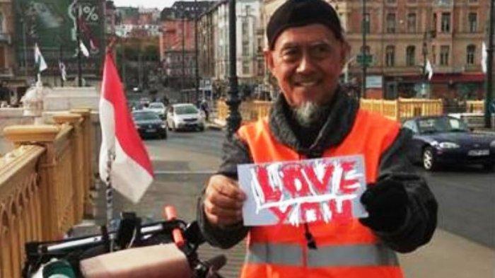 Video: Tasman dan Joko Istirahat 2 Hari untuk Perbaiki Sepeda. From Budapest with Love