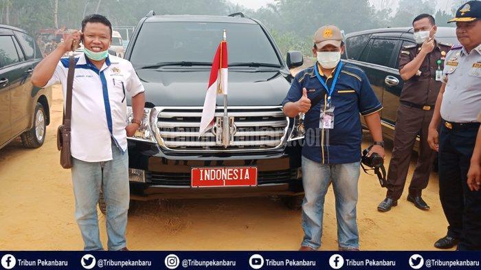 TERNYATA Toyota Landcruiser Berplat INDONESIA untuk Jokowi ke Lokasi Karhutla di Riau Mobil Rental