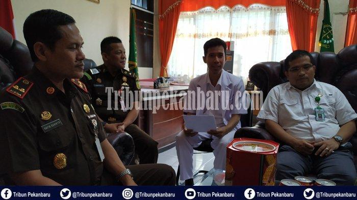TERSANGKA Korupsi di Riau Alami Gangguan Ginjal Stadium Tiga dan Hipertensi, PERINGATAN atau Siksa?