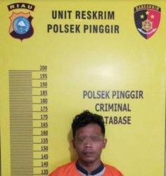Tersangka MI alias Iqbal (22) warga Kabupaten Binjai Sumatera Utara.