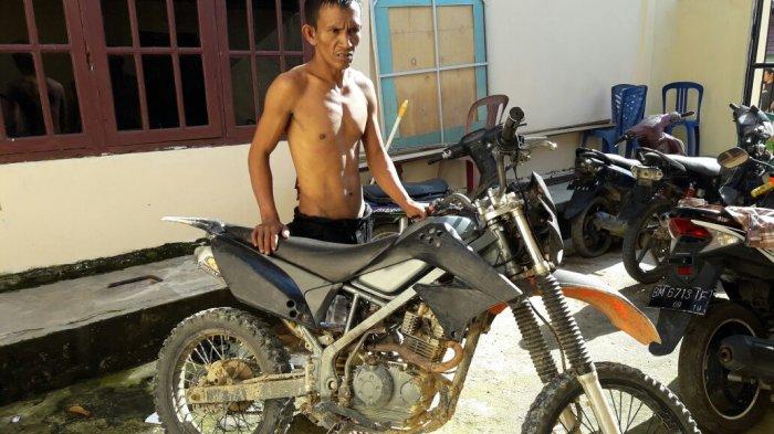 Pencuri Ini Tertangkap Akibat Keteledorannya Sendiri, Motor Curian Kok Dipakai Untuk. . .