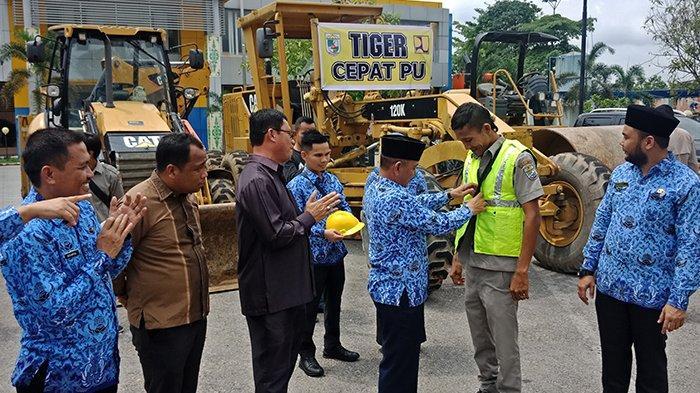 Bupati Ingatkan Jangan Langgar Aturan, Dinas PUPR Pelalawan Riau Luncurkan Tim Tiger Cepat
