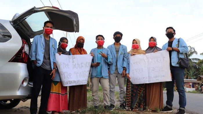 Tim Kukerta Relawan Covid-19 UNRI Bantu Warga Lawan Virus Corona