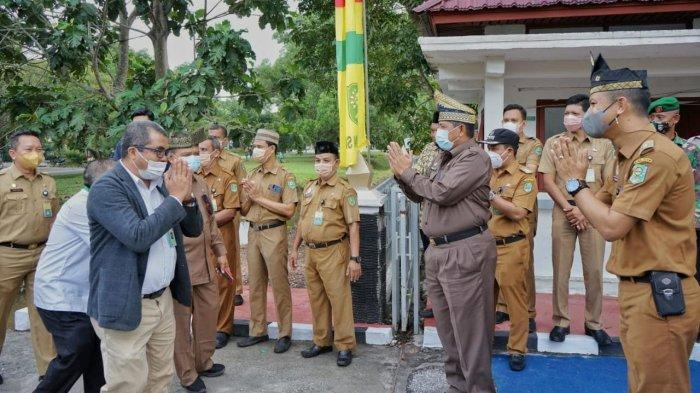 Tim Penilai Datang di Kecamatan Siak, Bupati Alfedri Optimistis Juara Lomba EKK Tingkat Riau 2021