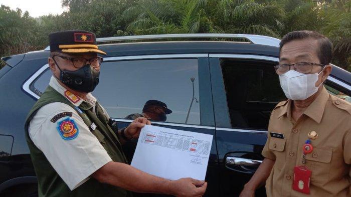 BREAKING NEWS: Tim Yustisi Covid-19 Cegat ASN Pelalawan dari Pekanbaru, Langsung Rapid Test Antigen