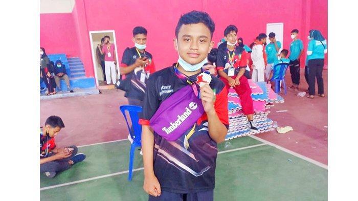 Tisan Siregar Raih Perak di Kejuaraan Taekwondo RKH Diskepora Cup Jambi