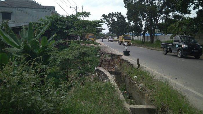 Jalan Amblas diLintas Timur Pekanbaru Kapan Diperbaiki? Ini Kata Kadis PUPR Riau