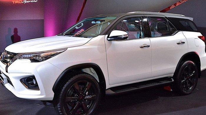 NEW Toyota Fortuner 2020: Simak Spesifikasi Fortuner 2020 & Perbandingannya dengan Varian Sebelumnya
