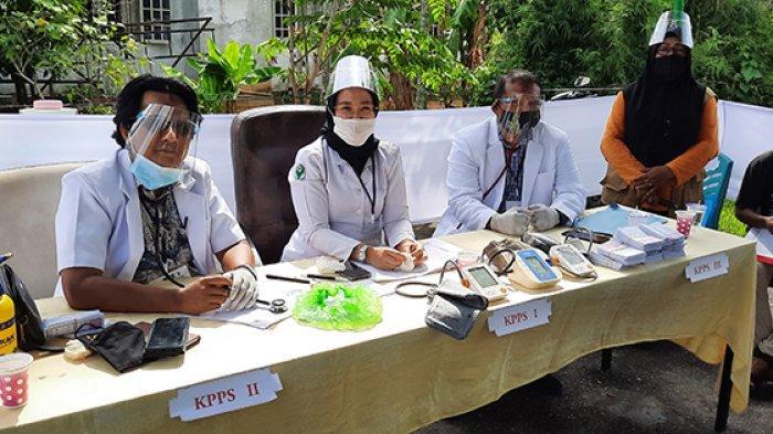Petugas KPPS Pakai Jas Dokter, TPS 09 Kelurahan  STDI Usung Konsep Lawan Covid-19