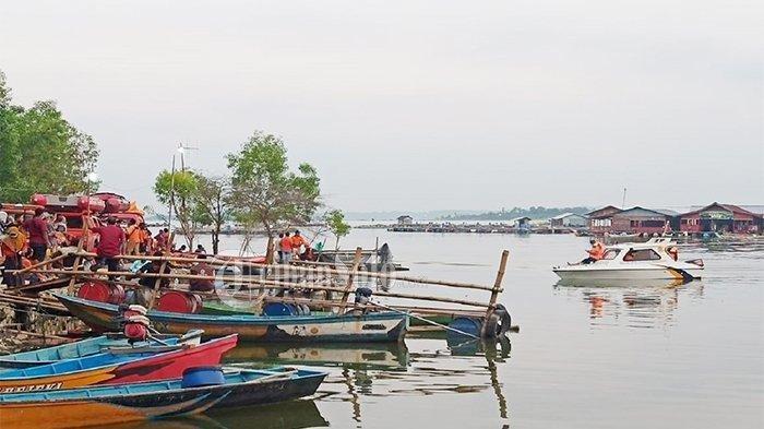 Suasana Waduk Kedung Ombo yang menjadi primadona wisatawan di Dukuh Bulu, Desa Wonoharjo, Kecamatan Kemusu, Kabupaten Boyolali, Sabtu (15/5/2021).