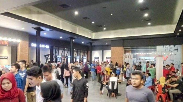Penonton CGV Transmart Membludak Saat Momen Libur Panjang
