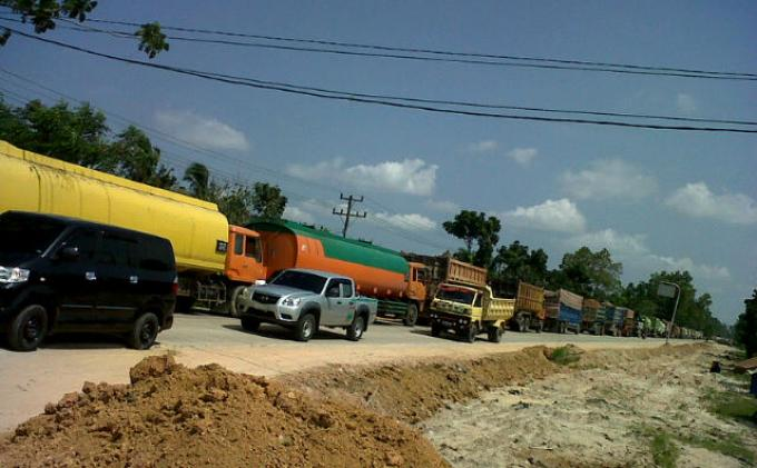 Dishub Siak Bakal Pungut Biaya Parkir di Jalan Industri PT IKPP, Sopir Truk Harus Siapkan Uang