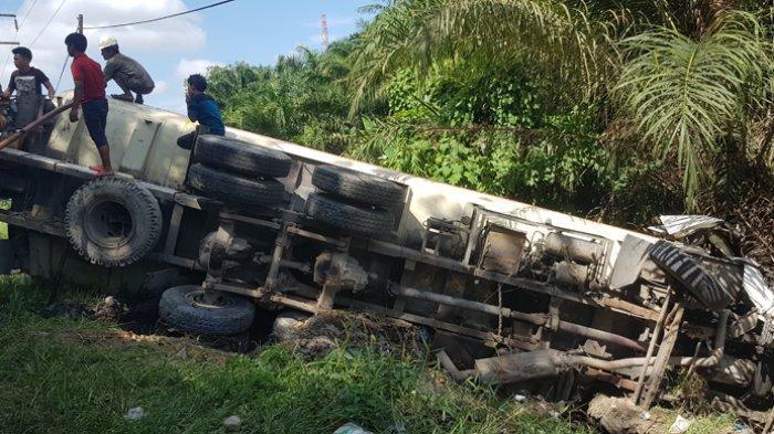 Kecelakaan Beruntun di Bagan Besar, Pengendara Motor Tewas Terlindas Truk Tangki CPO