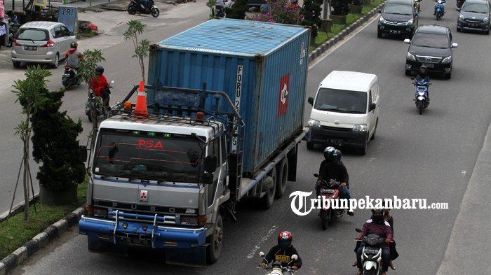 Penyebab Jalan di Riau Cepat Rusak, 28 Ribu Unit Truk Besar Beroperasi Melebihi Tonase