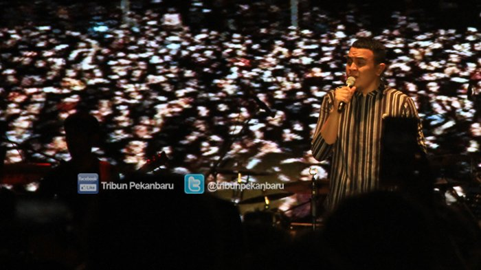 Tulus Pukau Pengunjung DO Music Festival 2018 di Alam Mayang Pekanbaru - tulus-pukau-pengunjung-do-music-festival-2018_20181103_234118.jpg