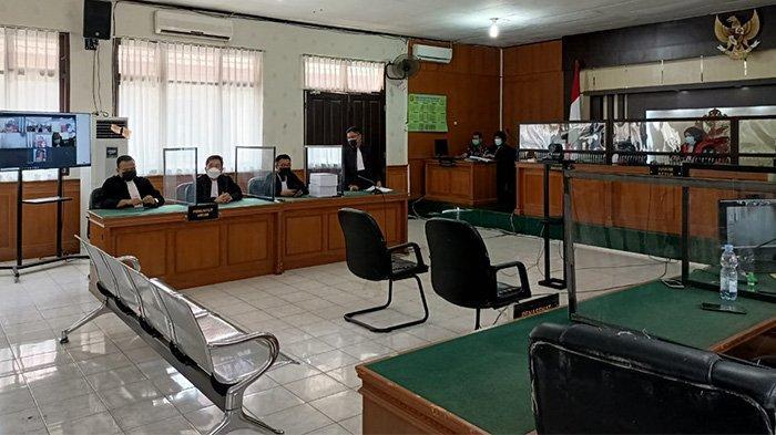 Sidang pembacaan amar tuntutan mantan Sekda Riau Riau Yan Prana di Pengadilan Tipikor Pada Pengadilan Negeri (PN) Pekanbaru, Jumat (9/7/2021). Sidang berlangsung virtual