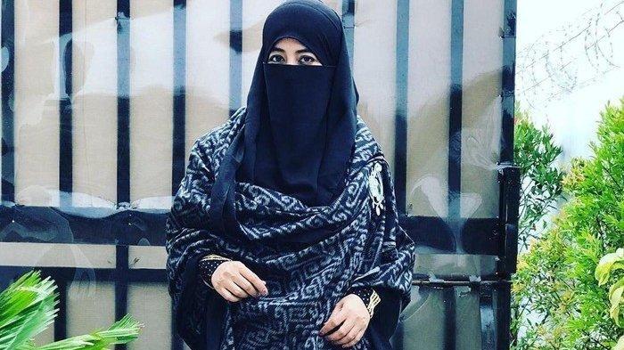 Umi Pipik Akui Almarhum Ustaz Jefri Al Buchori Punya Tiga Istri, Yang Ketiga Seorang Publik Figur