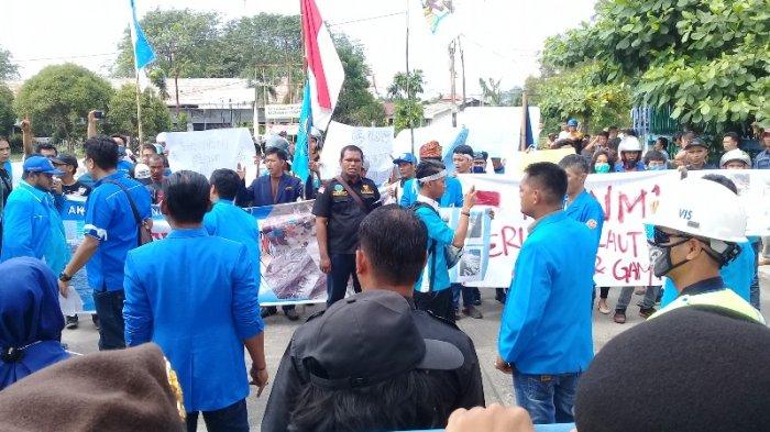 Muatan Stearin Tumpah, Massa Gabungan Tuntut PT Nagamas Tanggung Jawab