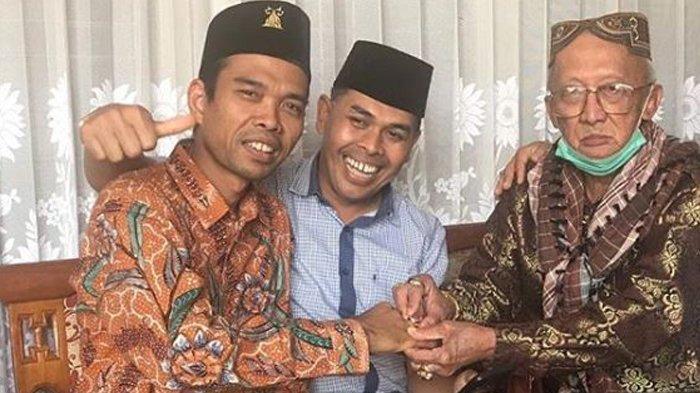 USTADZ Abdul Somad Diberi Kenang-kenangan Cincin Batu Ruby dari Ponakan Bung Hatta, Ini Kata Netizen