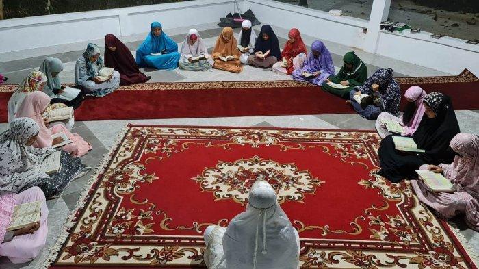 Ustaz Abdul Somad (UAS), mendirikan Rumah Quran di Desa Rimbo Panjang, Kecamatan Tambang, Kabupaten Kampar, Riau.