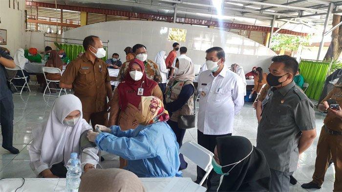 Ratusan Ribu Pelajar di Kota Pekanbaru Belum Dapat Suntikan Vaksin Covid-19