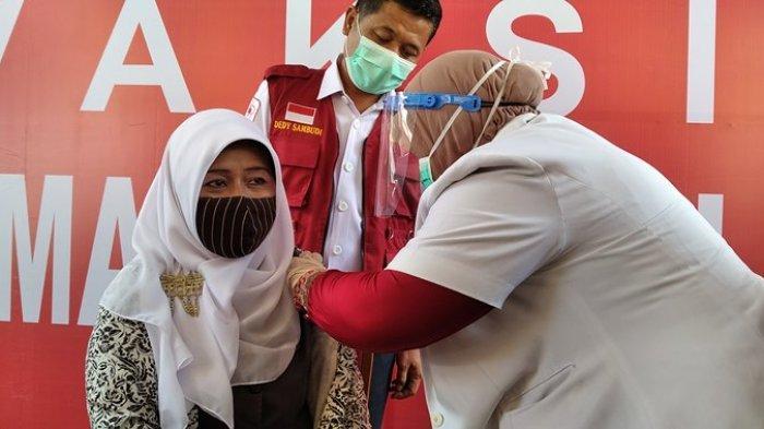 3.070 Tenaga Medis Batal Vaksinasi Covid-19 di Riau, Ternyata Ini Sebabnya