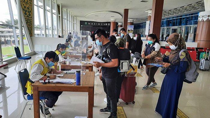 7.000 Penumpang Padati Bandara SSK II Pekanbaru Saat Puncak Arus Balik Natal dan Tahun Baru 2020