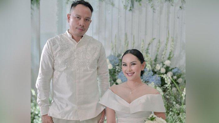 Bukan Masalah Restu, Ini Alasan Ayah Kalina Oktarani Tak Jadi Wali Nikah Putrinya dengan Vicky
