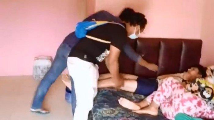Video Viral aksi polisi prank maling, saat penangkapan pelaku di kos-kosnya.