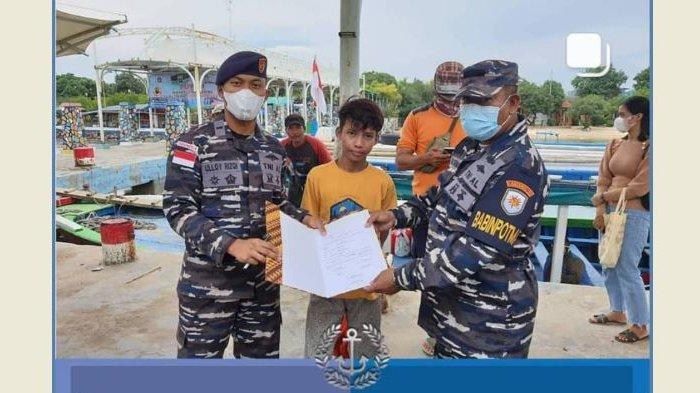 Viral Bocah Terombang-ambing di Laut Diselamatkan TNI AL, Ternyata Jatuh Diceburin