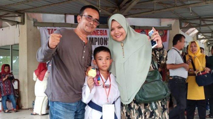 Vito Sabet Emas Kelas Usia Dini dalam Taekwondo Indonesia Andalan Championship  2019