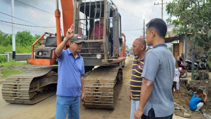 Wabup Inhil Tegaskan Pengerjaan Jalan Tembilahan-Simpang Kuala Saka Selesai 180 Hari Kerja