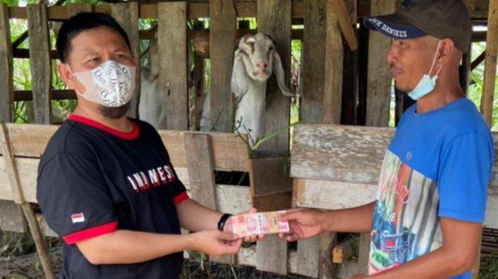 Wahono Langsung Sujud Syukur, Dapat Bantuan dari Anggota DPRD Pekanbaru Nurul Ikhsan Rp 10 Juta