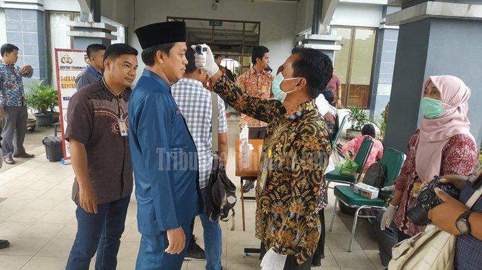 WAKIL Presiden RI Maaruf Amin ke Riau, Suhu Tubuh Tamu Diukur dan Diminta Cuci Tangan Sebelum Masuk