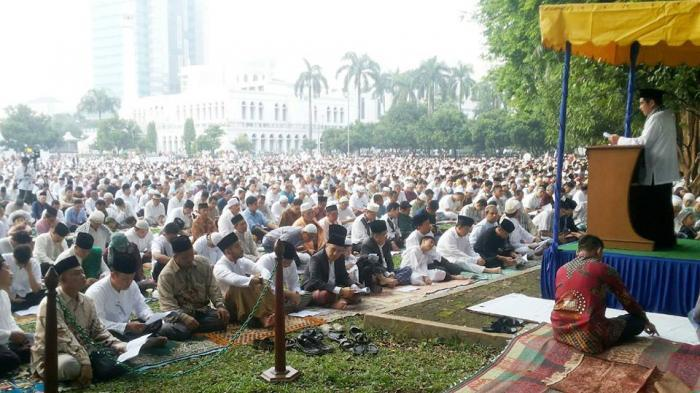 Wako Dumai Shalat Ied di Masjid Taqwa, Wawako di Masjid Baiturahman