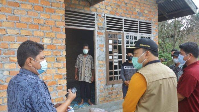 Wakil Bupati Siak Husni Tinjau Posko PPKM Sungai Apit