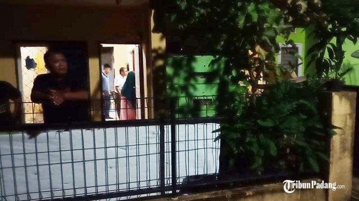 Digerebek, Wanita Hamil dan Mahasiswa di Padang Kepergok Berdua dalam Kamar Kontrakan, Pintu Dikunci
