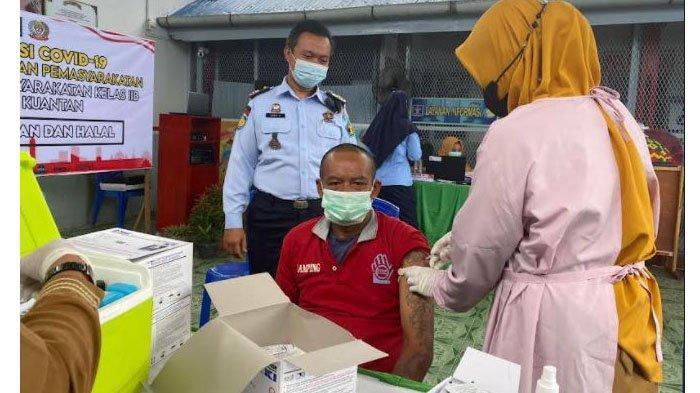 250 Warga Binaan di Lapas di Kuansing Riau Jalani Vaksinasi Covid-19 Dosis Pertama