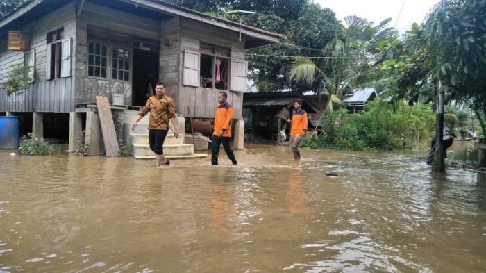 Riau Segera Masuk Musim Penghujan, BPBD Riau Ingatkan Warga di Bantaran Sungai Waspada