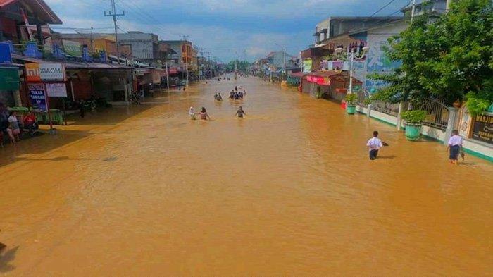 Waspada Banjir di Riau, Sungai Batang Lubuh Rohul Meluap Hingga Kota Pasir Kebanjiran