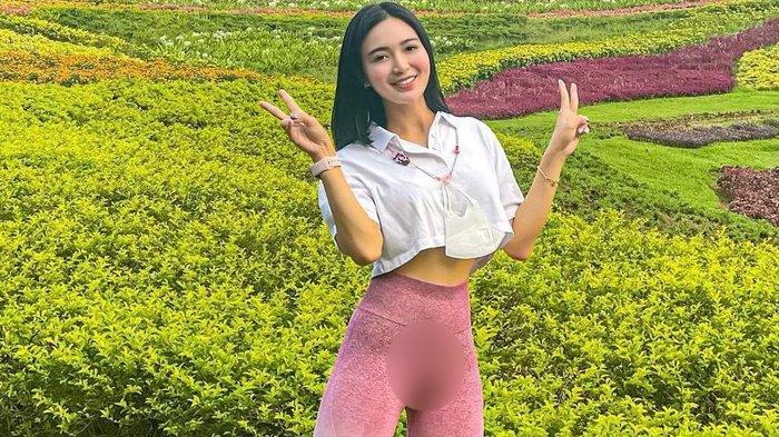 Wika Salim Pakai Legging, Olahraga di Taman, Bikin Salfok, Netizen: Ada Kue Apem Sebesar Sabun Lux