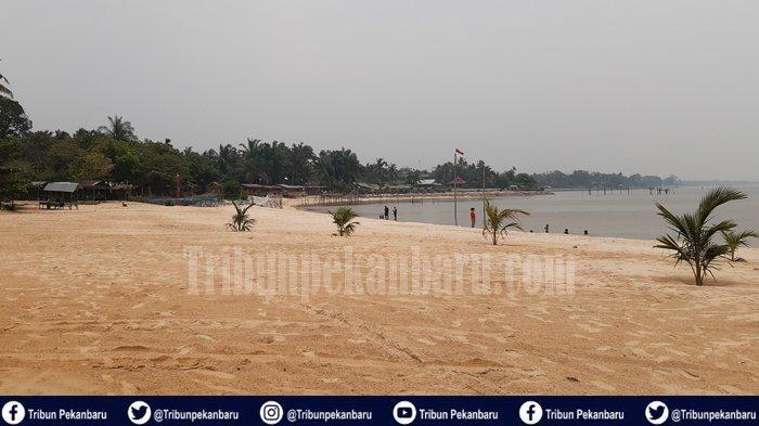 Wisata Alam di Riau, Pantai Koneng Jadi Pilihan Warga Dumai Diakhir Pekan Nikmati Semilir Angin Laut