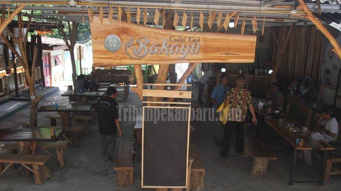 WISATA Kuliner di Pekanbaru, Kopi Gula Aren di Kodai Kopi Bakayu, Bikin Pengunjung Susah Beranjak