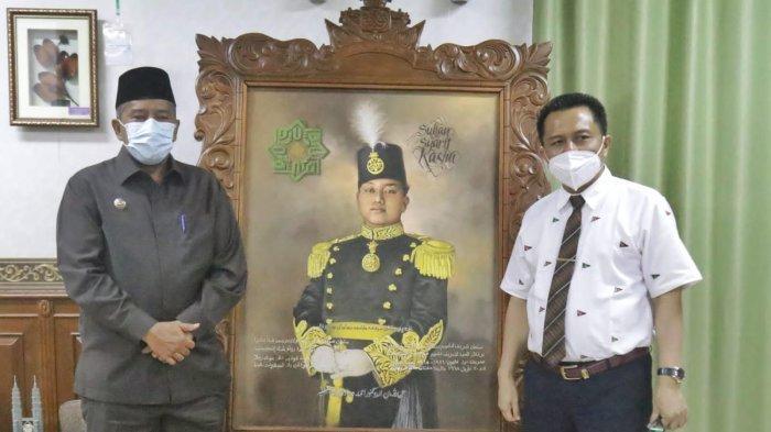 Wujudkan Program 1 Sarjana 1 Kelurga, Bupati Siak dan Rektor UIN Suska Riau Teken MoU