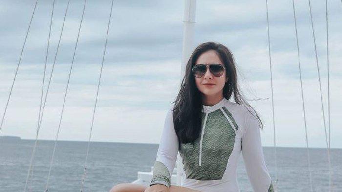 Wulan Guritno Blak-Blakan Ungkap Cinta Pertama Berawal dari Cinlok: Trauma Ya. . .