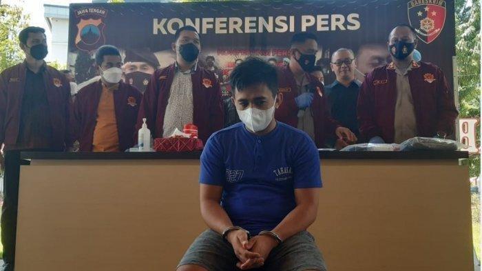 Yandi (28) Cogan (cowok ganteng asal Simpang, Sikajang, Kabupaten Garut, berhasil memperdaya 10 janda di Kota Semarang.