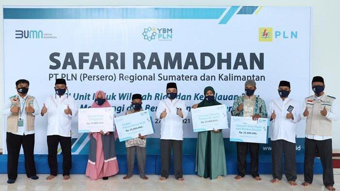 YBM PLN UIWRKR Salurkan 1675 Paket Sembako di Riau dan Kepulauan Riau